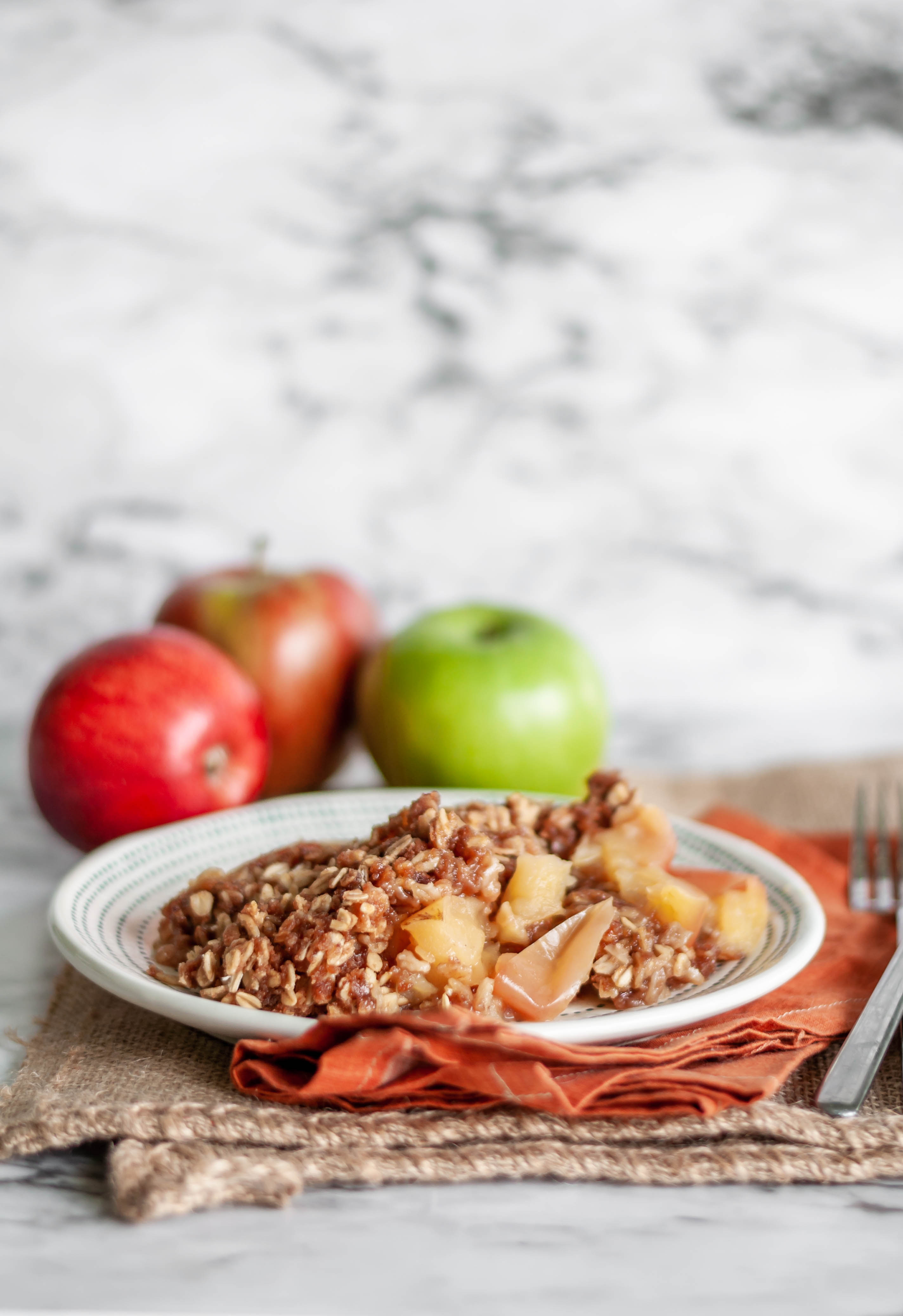 Instant Pot Apple Crisp is the perfect way to celebrate fall. Only 5 minutes to cook in the Instant Pot. Check out my guide to the Best Apples for Baking.