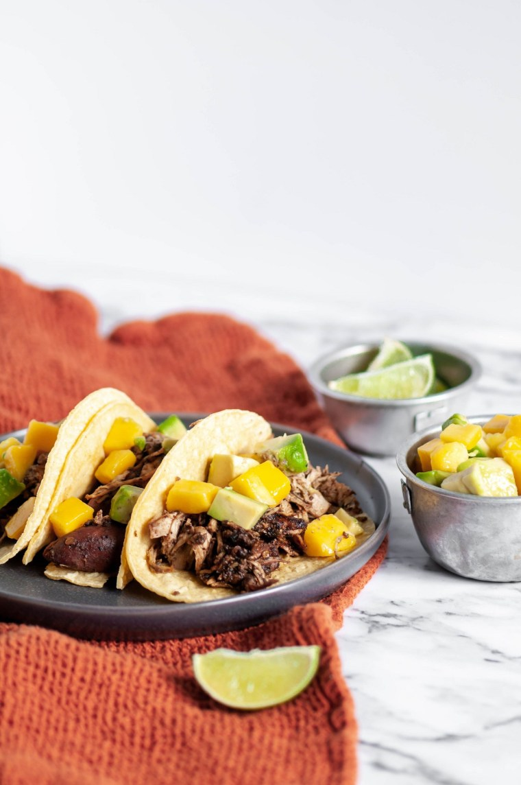 slow cooker jerk chicken tacos