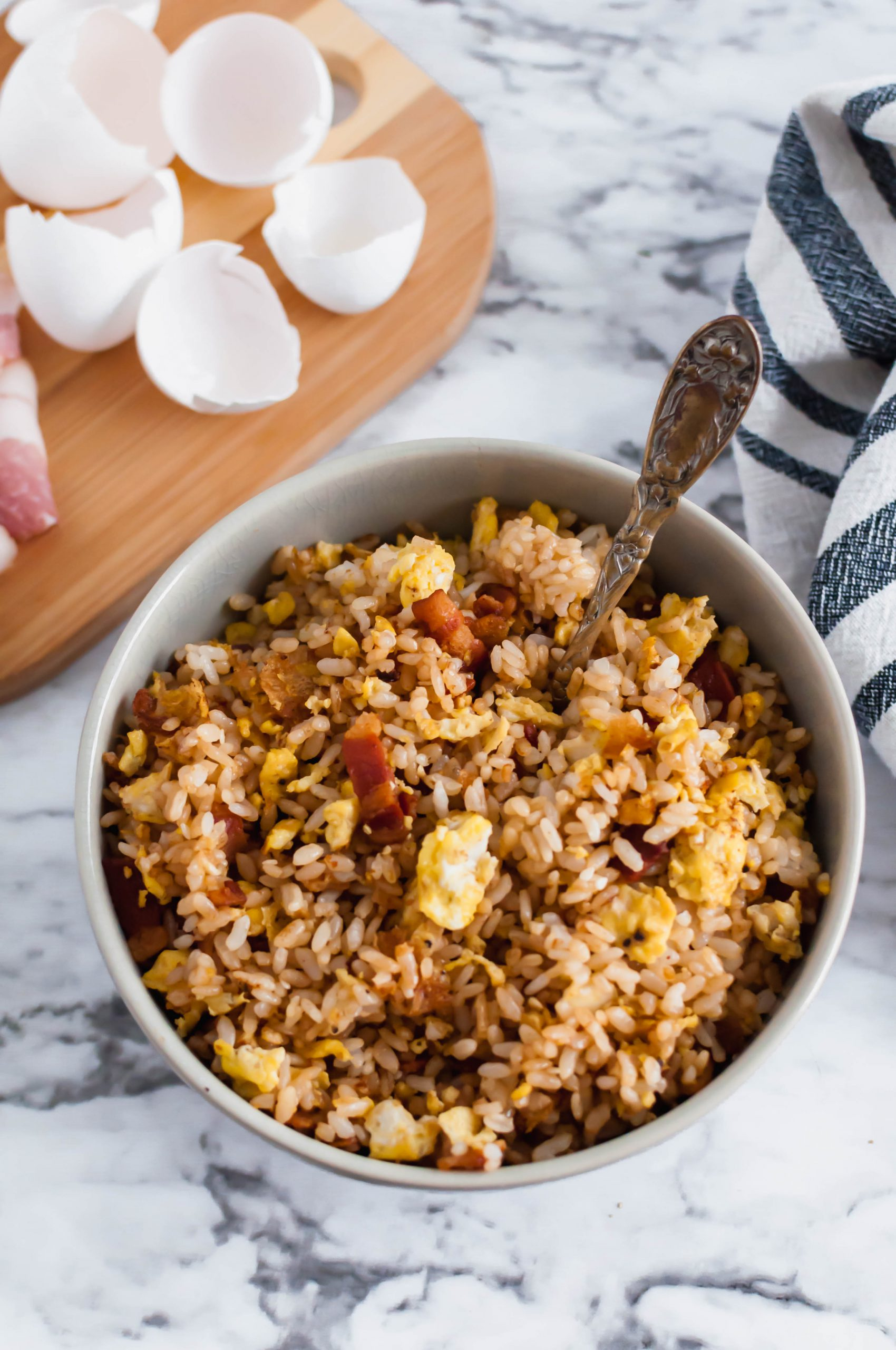 Another savory breakfast for you coming in hot. This Breakfast Fried Rice is packed with scrambled eggs and lots of crispy bacon. A glorious way to start your day.